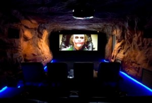 Source: http://gamedayr.com/teams/sec/athens-georgia-bulldogs/athens-georgia-bulldogs-features/who-needs-a-man-cave-when-you-can-build-a-bat-cave/