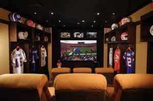 Source: http://www.brobible.com/life/slideshow/50-most-ridiculous-man-caves